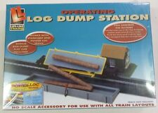 Life Like HO Operating Log Dump Station with Side Dump Flatcar 8308