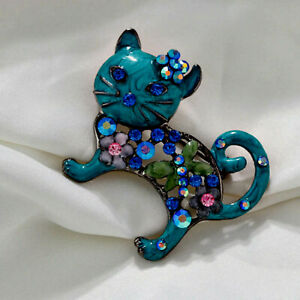 Lovely fashion Brooch. CAT Blue green  enamel and rhinestones. NEW