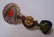 Pin's Hard Rock Cafe Saint Louis - flower guitar 2009 (double attache)