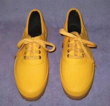 Coleman Thermolite Yellow Gusseted Waterproof Rubber Shoes Women's SIze 9