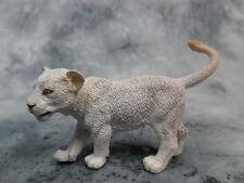 CollectA NIP * White Lion Cub - Walking * #88551 Model Toy Figurine Replica