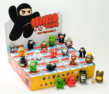 KIDROBOT Kid robot Ninja town Wee Vinyl Series 1 x 25 Figures - SEALED CASE/BOX