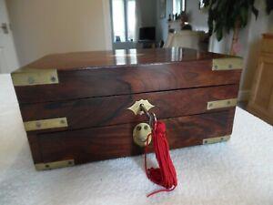ROSEWOOD JEWELLERY/VANITY BOX