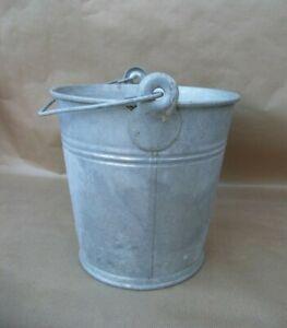 Seau ancien en zinc pot de fleurs plantes jardin décoration vintage