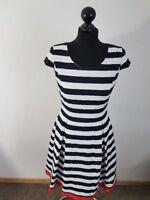 Madeleine Kleid Gr. 36 Kellerfalten Maritim Stil 50er Stil Cocktailkleid wie NEU