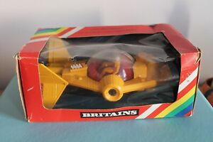 """Britains 8"""" STARGUARD SPACECRAFT Toy Model 1980 Vintage BOXED 9110 SPACE 1:32"""