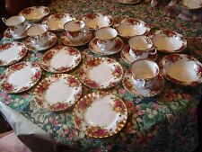 ROYAL ALBERT COUNTRY ROSES 24 PICES 6 CUPS SAUCERS 6 SIDE PLATES 6 DESERT PLATES