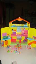 DORA THE EXPLORER WINDOW SURPRISES DOLLHOUSE W/ FURNITURE