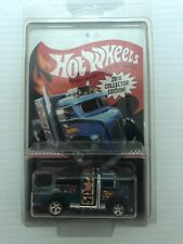 HOT WHEELS Custom '38 Ford COE 2016 Collector Edition With Protective Case