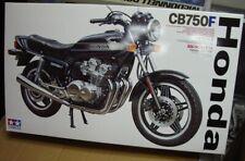 16020 Honda CB750F TAMIYA 1:6 plastic model kit