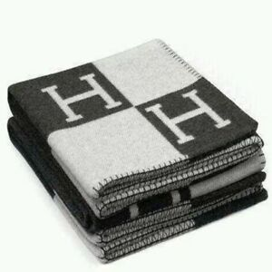 12Color H-Blanket Wool Cashmere Plaid Throw Cape Scarf Car Travel Hot Shawl Warm