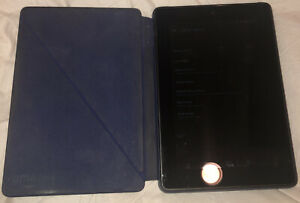 Kindle Fire HD 7 (4th Generation) w/ Case