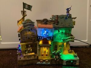 Lemax Spooky Town Pirates Pub and Grub- 2008 Collection- Works Great Condition
