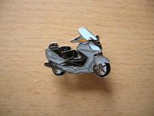 Pin Suzuki Burgman AN 650 / AN650 silber Motorrad Roller Scooter Moto Art. 0871
