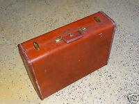 12421/ Vintage Samsonite Hard Sided LEATHER SUITCASE / Luggage w/ KEY