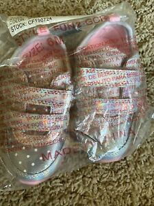 Toddler Girls Carters Tennis Shoes Size 6 Silver