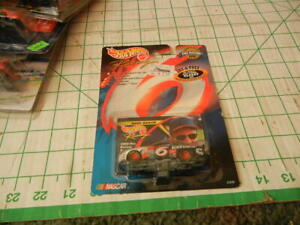1999 Hot Wheels Pro Racing #6 Mark Martin 1/64.