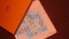 Hermes soie écharpe, Joyaux de l'ete, neuf avec boîte, absolument fabuleux