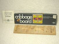 VINTAGE 1968 E.S. LOWE NO.1503 WOODEN CRIBBAGE BOARD IN BOX - NEW OPEN BOX