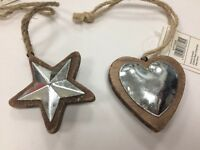 Rustic HANGING HEART / STAR wooden shabby chic decoration Single