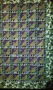 Green and Purple Antique Bed Quilt
