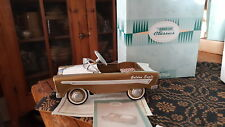Hallmark Kiddie Car Classics 1956 Murray Golden Eagle Pedal Car & Box