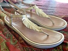 Stunning FITFLOP Gold Sandals Women's EU 41/US 10 Feather Boho Leather Comfort
