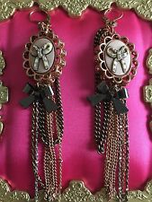 Betsey Johnson Vintage Zoo Lovers Bow Cameo Crystal Heart Chain Earrings RARE