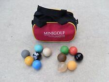 12 Minigolfbälle mit kleiner Balltasche