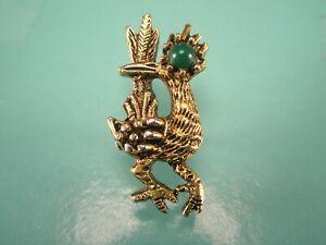 -Green Eyed Road Runner Bird Gold Tone Vintage Tie Tack Lapel Pin