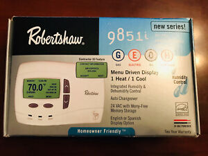 Robertshaw Deluxe Programmable Thermostat 9851i