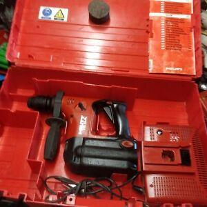 Perforateur  hilti  TE6 A (avec batterie  refaite a neuf  garantie 1 an )