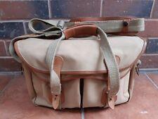 Medium Billingham Camera Bag In Very Good Condition.