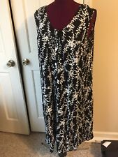 JBS WOMAN'S SIZE 20W JUMPER DRESS BUTTON UP FRONT SLEEVELESS BLACK WHITE FLORAL