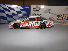 1/18 TONY STEWART #20 HOME DEPOT HABITAT FOR HUMANITY ROOKIE 1999 ACTION NASCAR