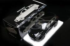 Diecast Car Model Minichamps Porsche Cayenne Turbo S 2014 1:18 (Black) + GIFT!!