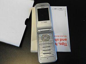 Nokia 6205 flip phone