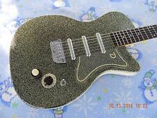 Korean Danelectro U3 Electric Guitar,Plays & Sounds Great,Ex. Cond.,Dano Gigbag