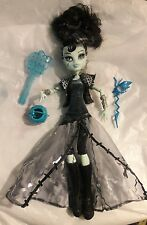 Frankie Stein Ghouls Rule Monster High doll  boots & accessories
