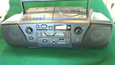 VINTAGE MAGNAVOX AZ8010/17 CASSETTE**CD**RADIO BOOM BOX***ALL WORKING