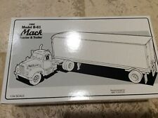 First Gear MOBILE LUBRICANTS 1960 Mack B-61 Model Tractor Trailer 19-1556