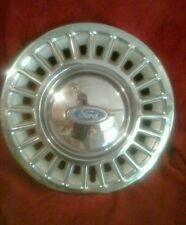 15 inch hub caps for  crown victoria 1996//will fit any 15 inch wheel from  ford