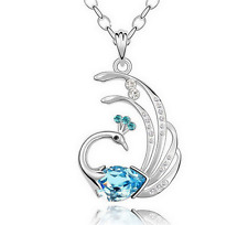 NEW Womens Peacock Sky Blue Crystal Rhinestone Silver Chain Pendant Necklace ---