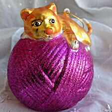 ORANGE TABBY CAT on PINK BALL of YARN Hanging Glass Christmas Tree Ornament