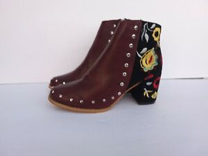 Faux suede embroidered leather Brocade floral ankle Boots Size 8 studs eu 39