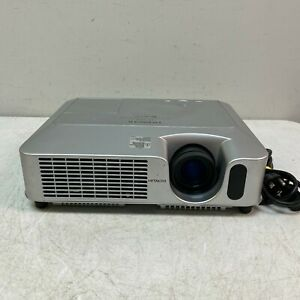 Hitachi CP-X260 Multimedia 3LCD Projector 2500 Lumens 500:1 3574 Lamp Hours