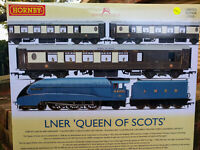 Hornby R3402 Queen of Scots Limited edition of 1000 Train Pack BNIB