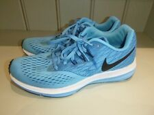 NIKE TRAINERS - UK 7