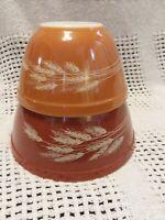 Pyrex Harvest Wheat Set of 2 Nesting Mixing Bowls 401 402