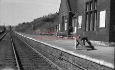 PHOTO  SR HILDENBOROUGH RAILWAY STATION 28/8/85 VIEW FROM ROADBRIDGE